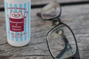 Effective Smartphone Eyeglass Cleaner