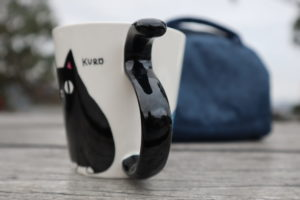 Cat Neko Sankyodai tail Mug kuro For Cat Lover side